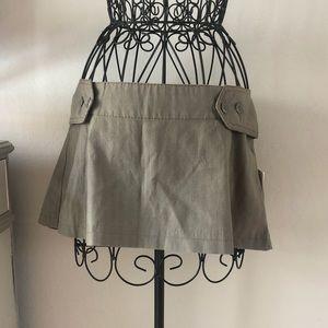 Beautiful GSUS Pleated Skirt